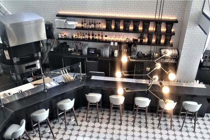 An All-Day Hollywood Restaurant and Its Cocktail Bar Sister