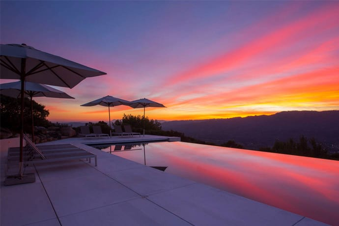 Wine Country's Finest Pool-Having Airbnbs